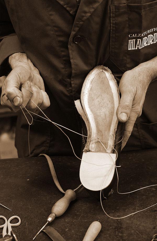 schoenenreparatie bij Aad van den Berg Modeschoenen
