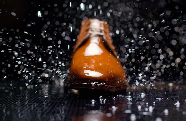 Carbon Pro van Collonil de perfecte bescherming voor schoenen
