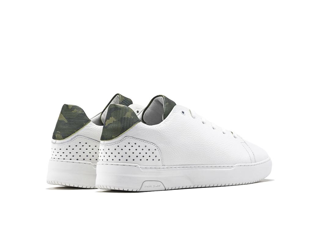 Bas Smit teagan white army green