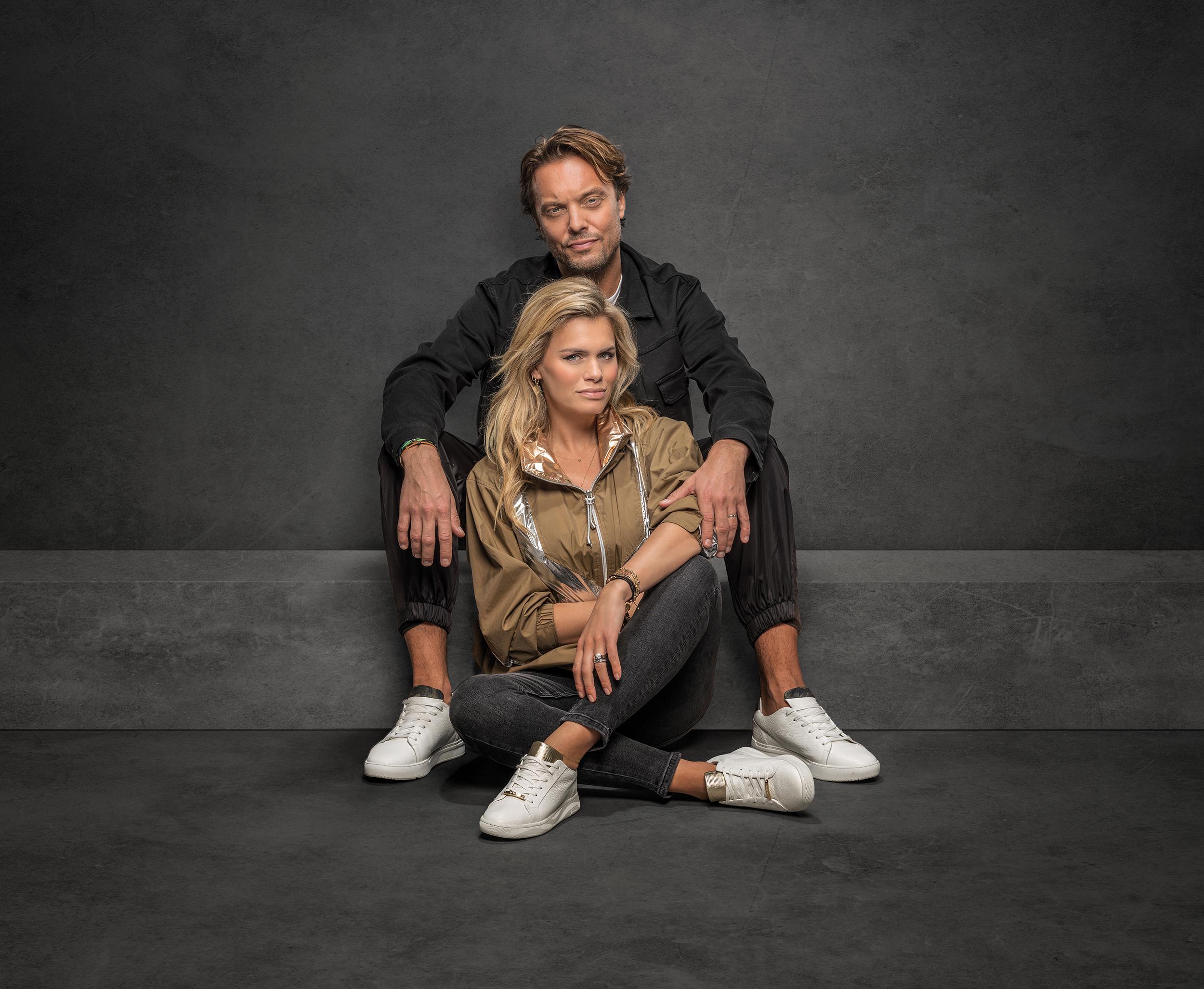 Nicolette van Dam en Bas Smit op Rehab sneakers