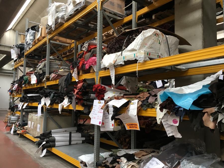 Mjus schoenen Italie leer voorraad