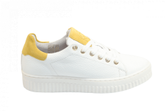 Shoecolate Damesschoenen Sneakers wit