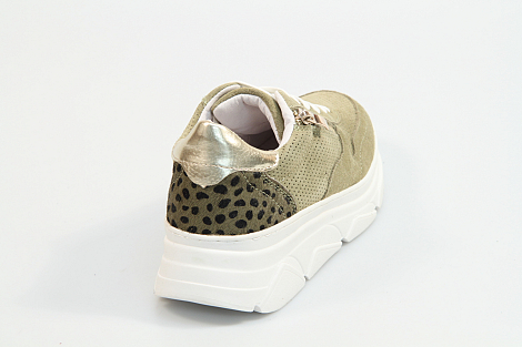 Shoecolate Damesschoenen Sneakers groen 8.10.06.071 231070023